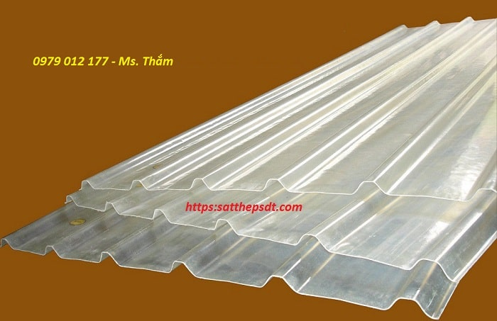 Tôn nhựa lấy sáng Composite