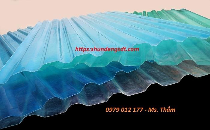 Tôn nhựa lấy sáng sợi thủy tinh Composite