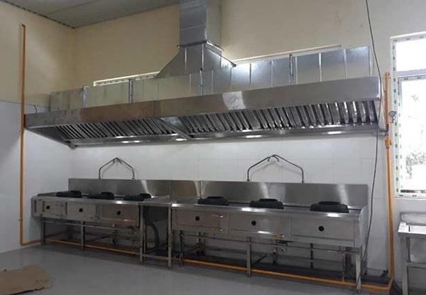 gia công bếp ăn công nghiệp inox
